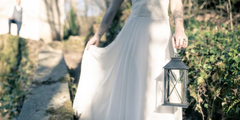 La mariée avec la lanterne dans la forêt de Mazamet