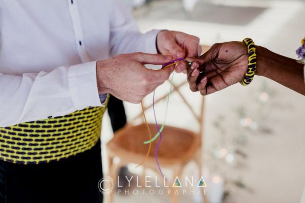 rituel des bracelets tressés